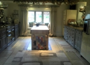 traditional-farmhouse-kitchen_600x448
